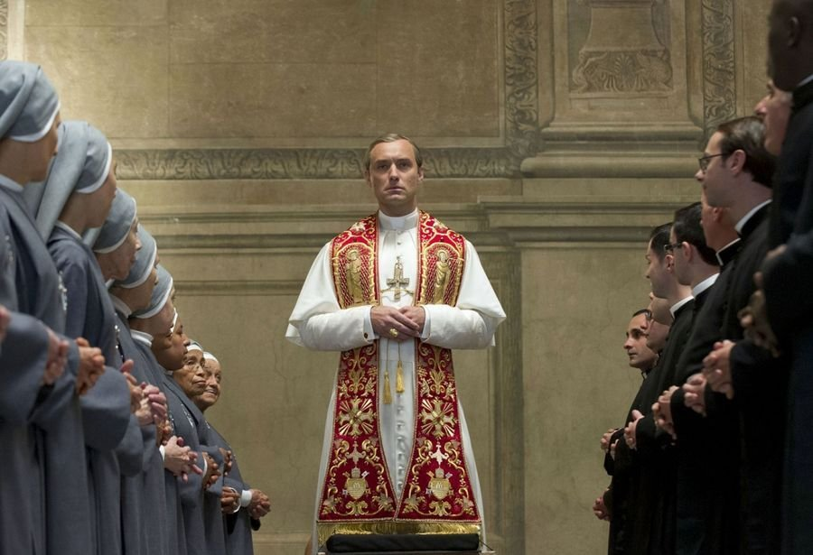 Сериал Молодой Папа получит 2 сезон | картинка The Young Pope 2